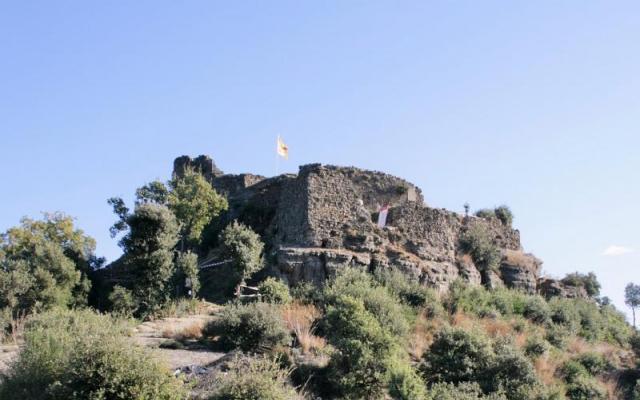 Le château d'Hostoles