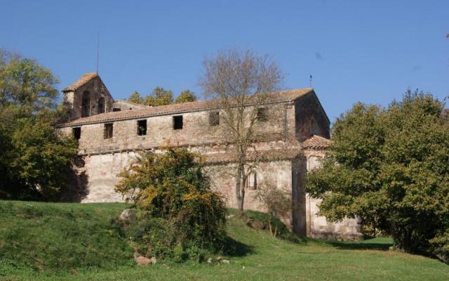 Le Sanctuaire De Santa Maria dels Arcs.