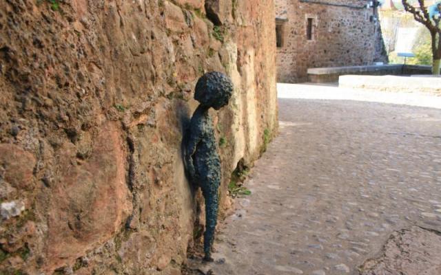 Escultures de la trobada d'artistes a Santa Pau (1992)