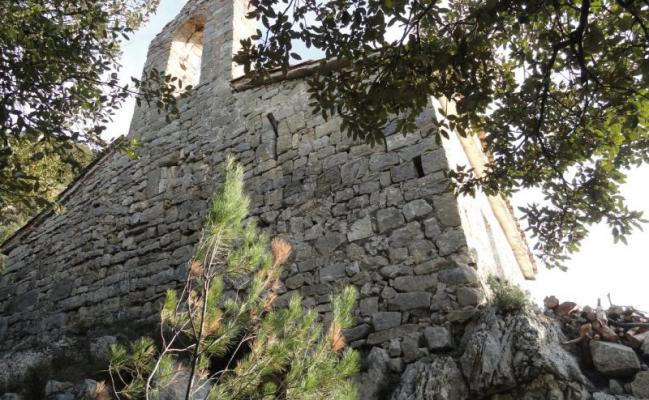 Sant Miquel de Coma-de-roure church