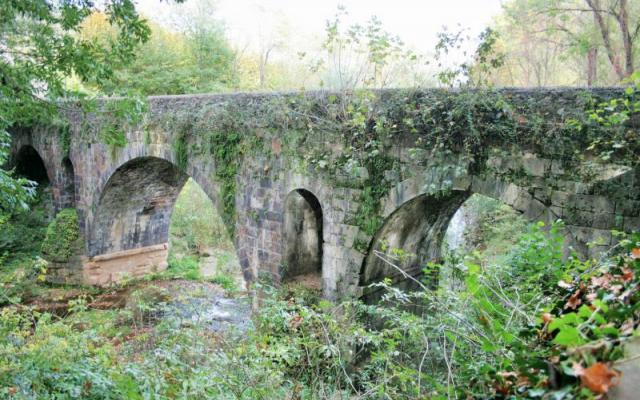 Passeig and Sant Roc bridge